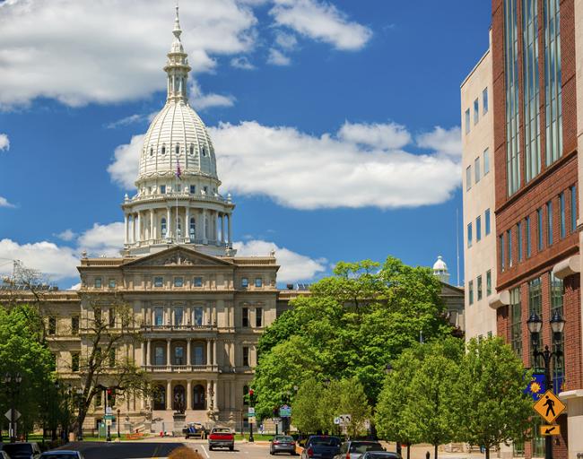 Algo-se-mueve-en-Estados-Unidos-el-estado-de-Michigan-aprueba-la-legalizacio-del-poker-y-los-juegos-de-casino-online